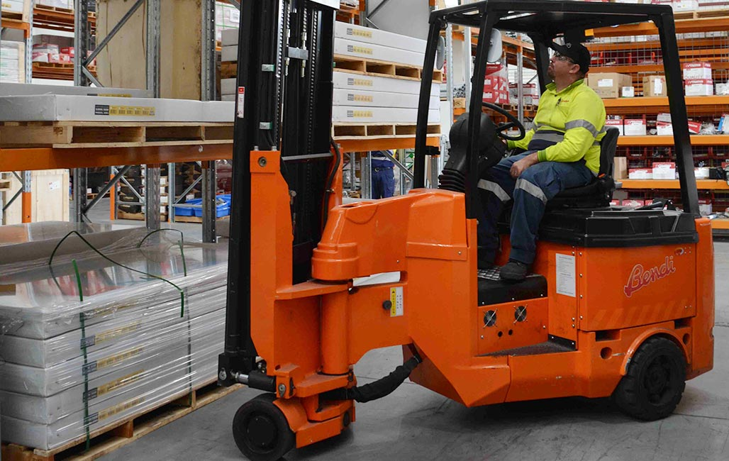 RWD Narrow Aisle Forklifts Bendi Articulated Forklift